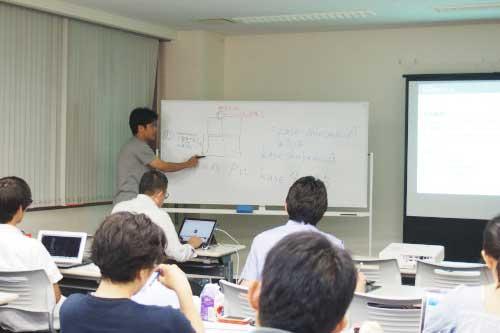 様々な案件に携わった講師によるわかりやすい講義